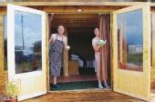 Les propriétaires de la chambre d'hôtes n'ont rien à cacher, pas même leur ambition