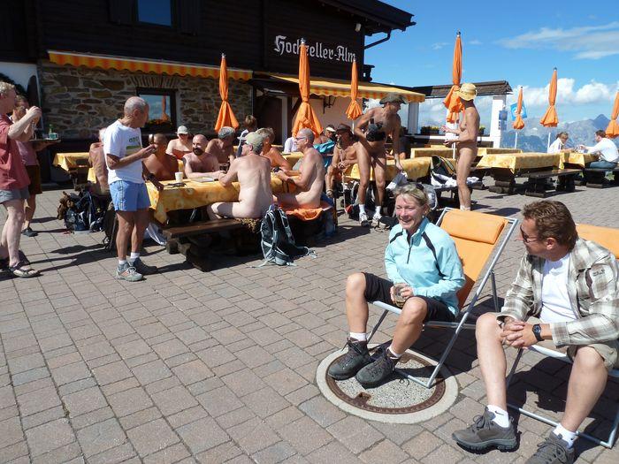 NEWT (Naked European Walking Tour) Tyrol le 4 juillet 2011