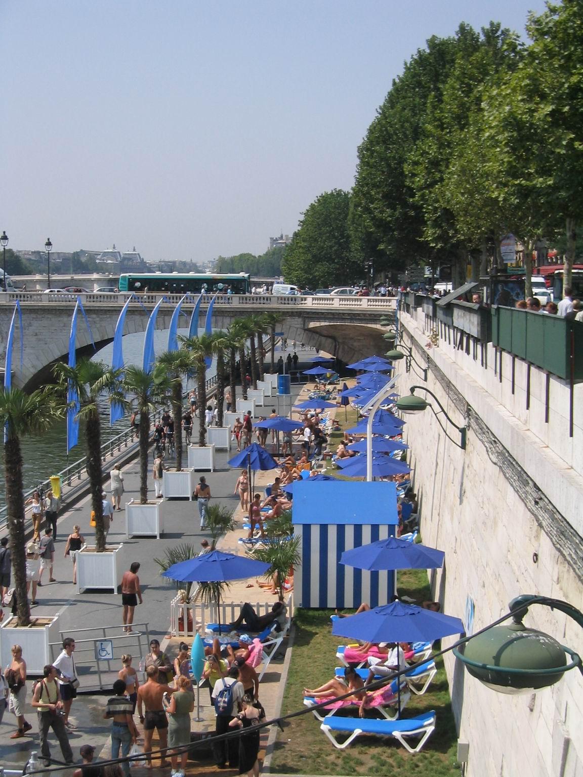Tenue d'Adam proscrite sur les quais de Paris plage