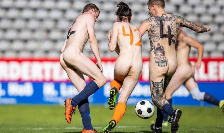 Matchs de foot Nus Allemagne /Pays Bas et Allemagne /suisse