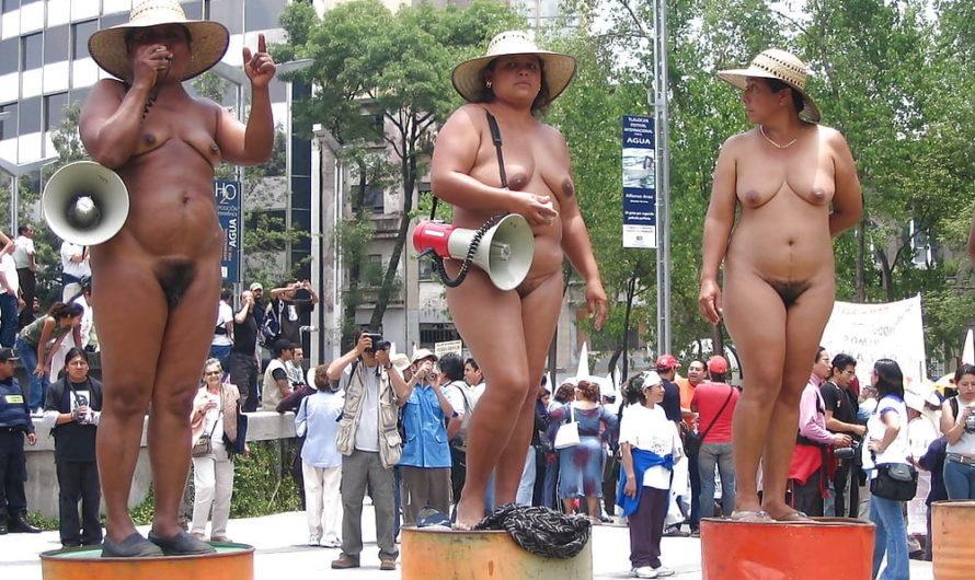 Des femmes mexicaines nues contre le gouverneur accusé d'initiateur de la répression