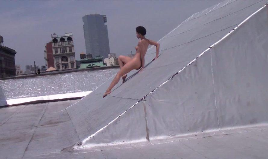 Danse nue sur les toits de new york