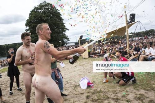 Hold 2 med Niklas Winther Rasmussen Kristoffer Drejer vinder Caspers kanoraes paa Smukfest fredag