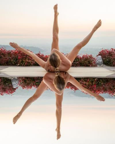nude-yoga-girl-005